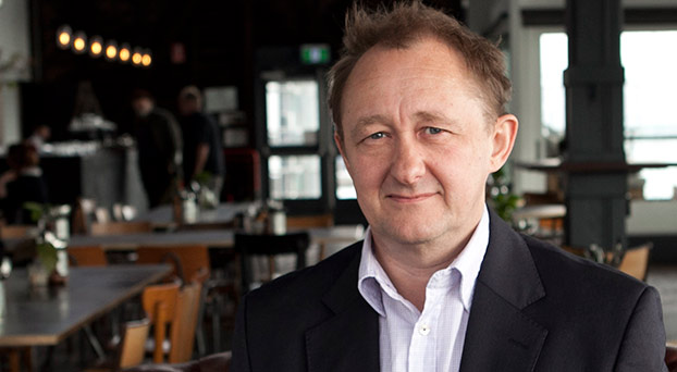 Andrew Upton photo by Lisa Tomasetti