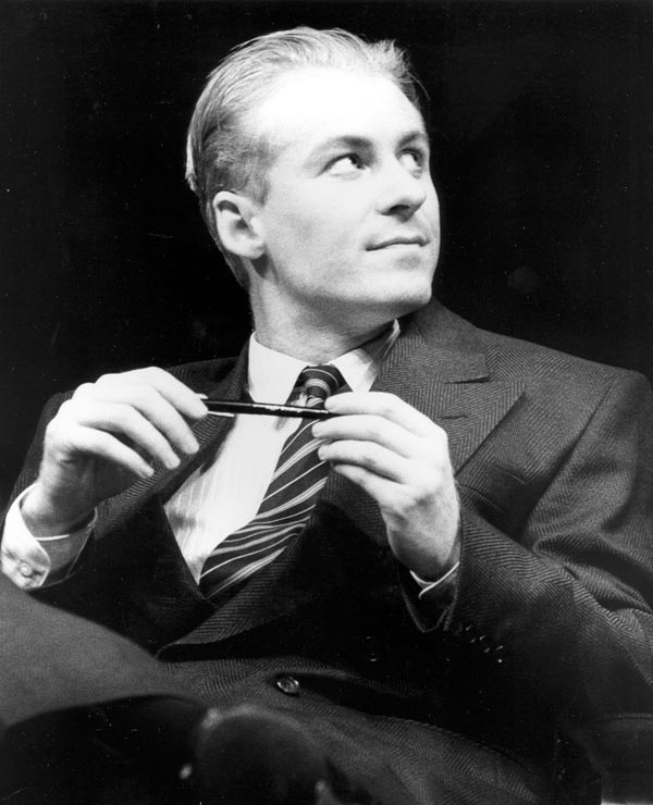 Richard Roxburgh in STC's Serious Money, 1988. Photo:  Stephen Gower