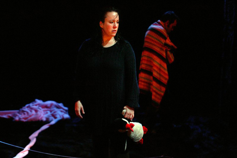 Sacha Horler and Brendan Cowell in Far Away, 2004.  Photo: Tania Kelley ©