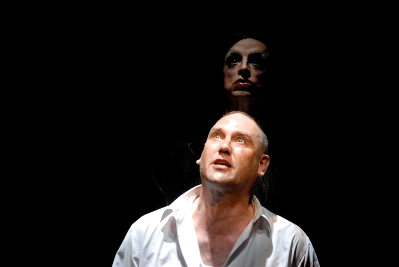 Colin Moody and Paul Capsis in STC's The Lost Echo, pt 1, 2006.  Photo: Heidrun Lohr ©