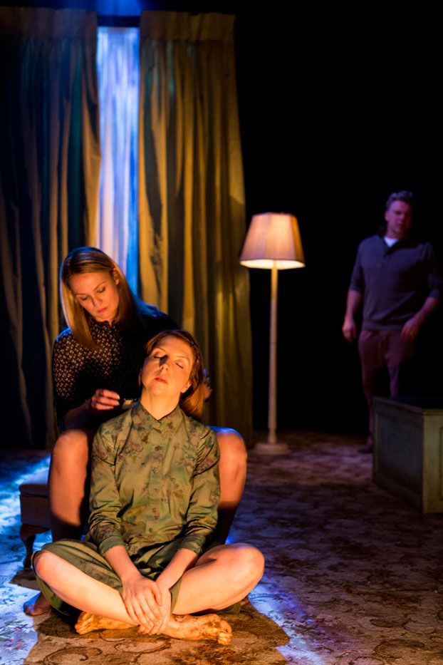 Kate Worsley, Helen Thomson and Erik Thomson in Sydney Theatre Company's The Splinter Photographer: Brett Boardman © 2012