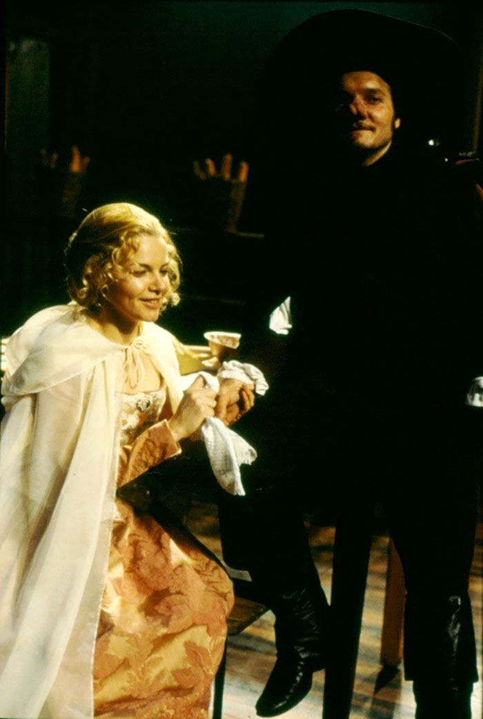 Justine Clarke and Jeremy Sims in STC's Cyrano de Bergerac, 1999 (Photo: Tracey Schramm)