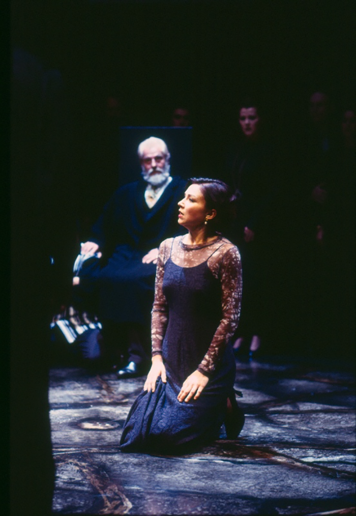 Helmut Bakaitis and Anita Hegh in King Lear, 1995 (Photo: Tracey Schramm)